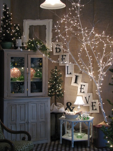 decorating-ideas-classy-home-christmas-decoration-with-dry-branches-and-lovely-gold-christmas-lights-lovely-decorations-for-christmas-seasons
