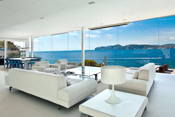 mallorca-waterfront-designer-villa-for-sale-1
